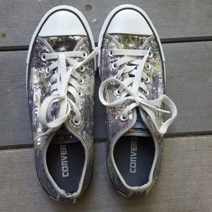 Sequence all star converse, like new! size 7